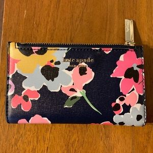 Kate Spade - Sylvia wildflower slim bifold wallet
